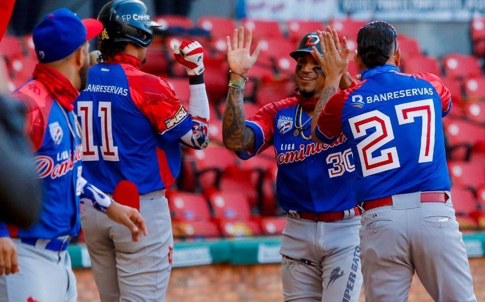 El equipo dominicano hizo carreras suficientes para no ser alcanzado al final del juego. (Foto: Cortesía)