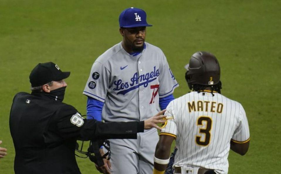 Padres y Dodgers se volverán a enfrentar en 16 juegos el resto de la temporada de MLB 2021. (Foto: AP)