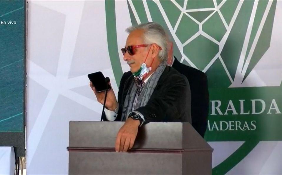 El presidente de México llamó al empresario durante un evento. (Foto: Captura de pantalla)