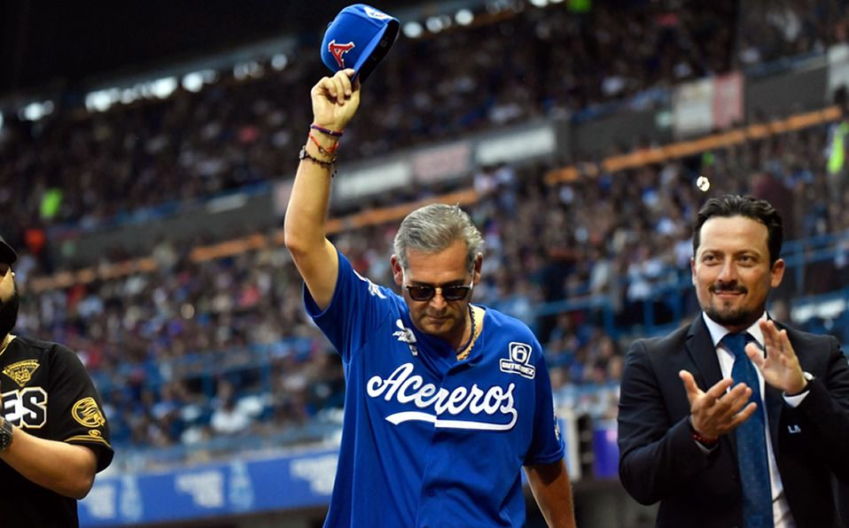 El propietario fue recibido entre aplausos en la ceremonia de inauguración de la Serie del Rey. (Foto: Cortesía)