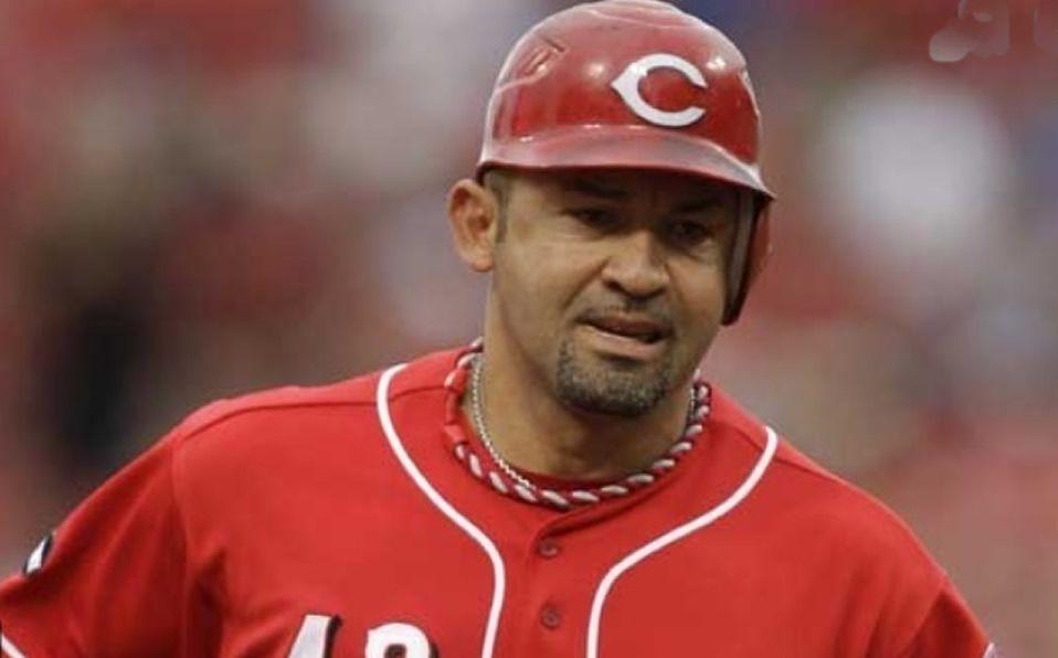 Venezolano Miguel Cairo llega como coach a los White Sox