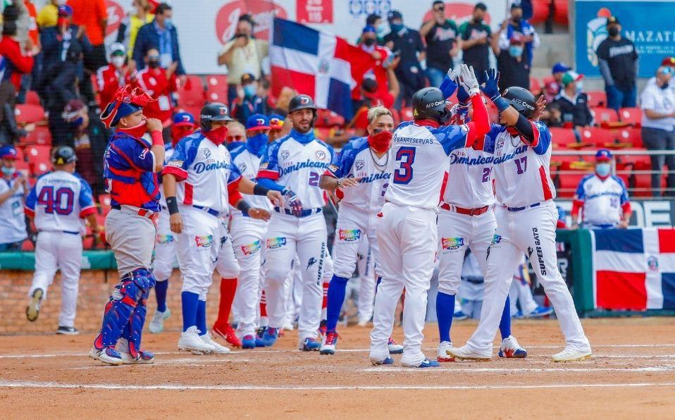 Lagares se cargó al equipo dominicano para conseguir la primera victoria en la Serie del Caribe 2021. (Foto: Cortesía)