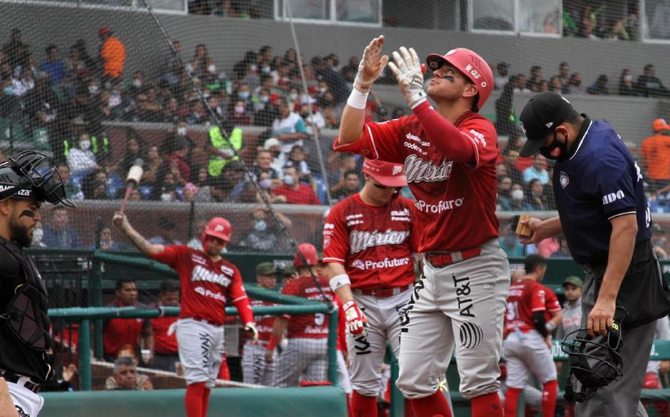 Emmanuel Ávila pegó dos jonrones en el encuentro dominical. Foto: Saraperos