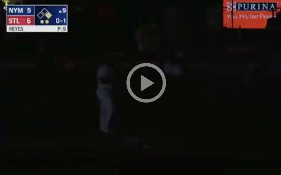Así quedó el Estadio Busch tras darse el apagón en el juego entre Mets y Cardinals. Foto: Especial