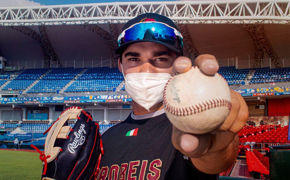 Prospecto Roque Salinas, de ProBeis, y su sueño de llegar a MLB. Foto: Probeis