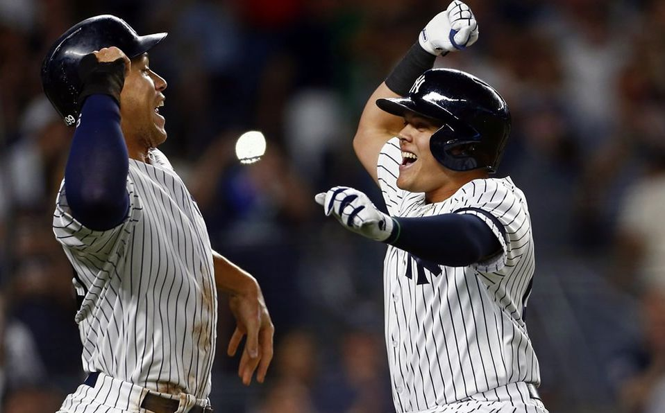 Con la décima victoria de Yankees sobre Red Sox en el año, aseguran la serie anual.