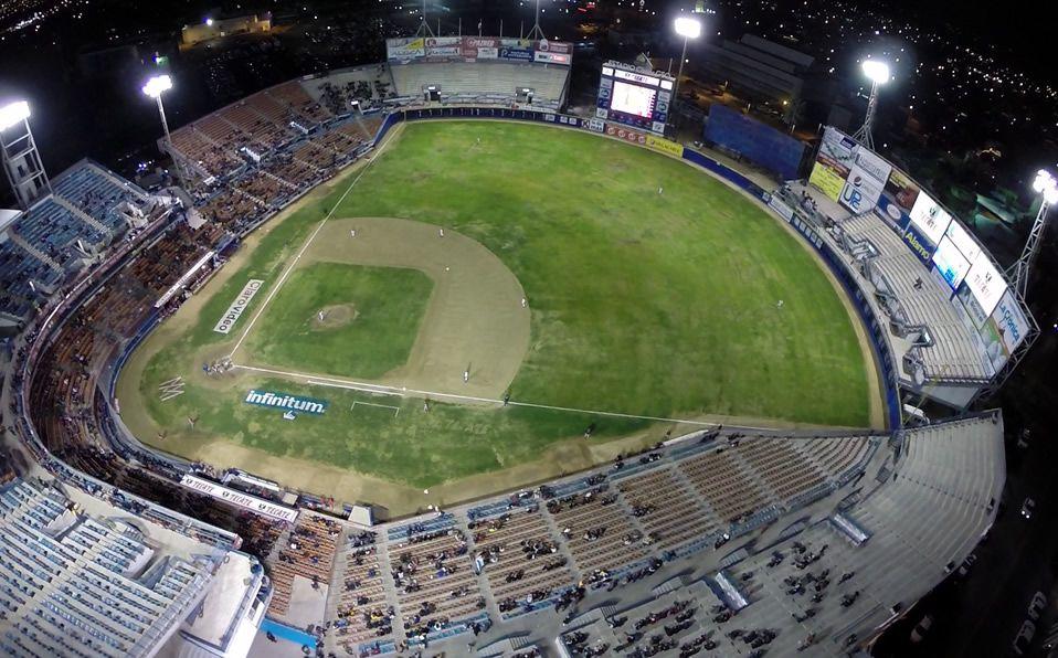 Hasta la temporada 2018-2019, el estadio llevaba por nombre B'Air, una empresa local de aires acondicionados. (Foto: Web)