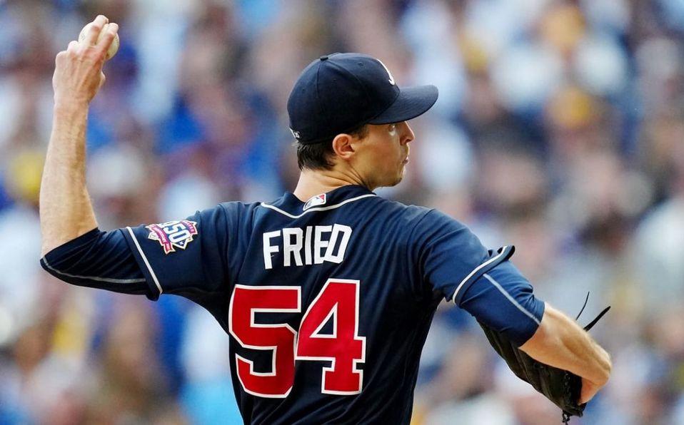 Max Fried lanzó su 13a salida de calidad seguida este 2021. (MLB)