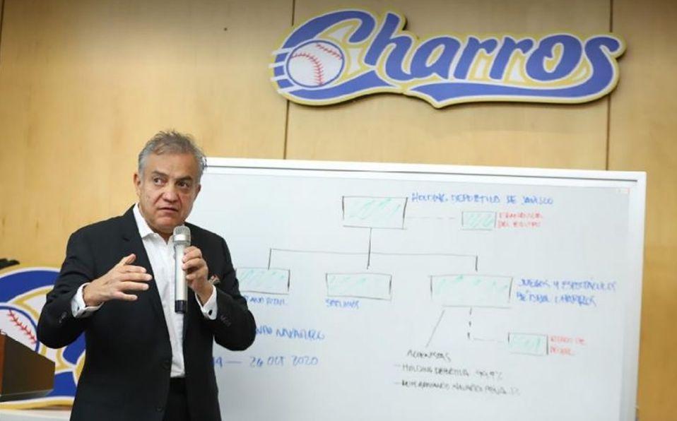 Salvador Quirarte explica gastos y el riesgo de perder el estadio