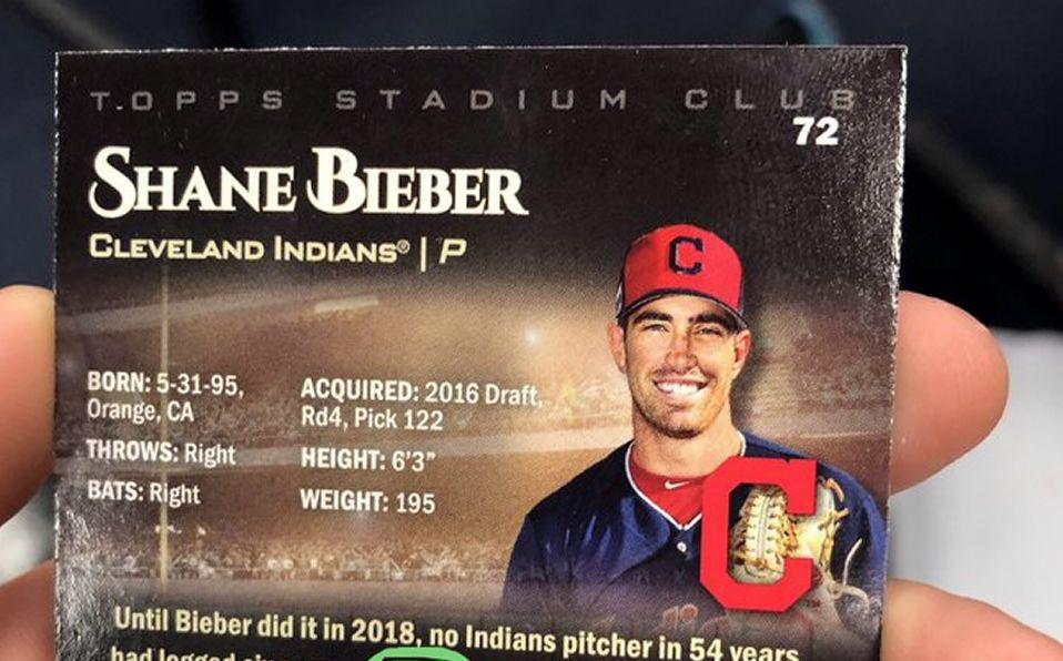 El pitcher diestro apenas está en su segunda campaña en Grandes Ligas. (Foto: @ShaneBieber19)