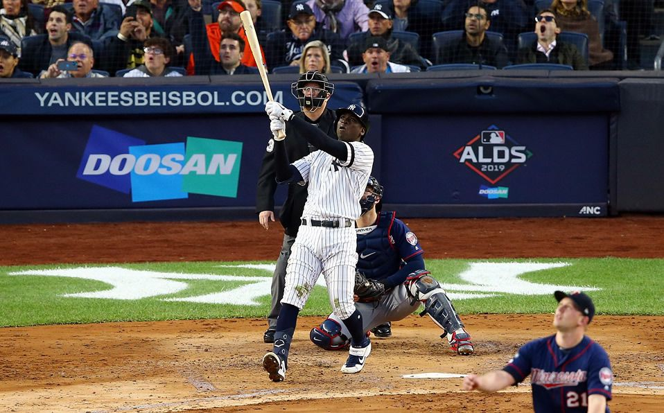 Gregorius pegó el Grand Slam 12 para los Yankees en un juego de postemporada. (Foto: @NYDNSports)