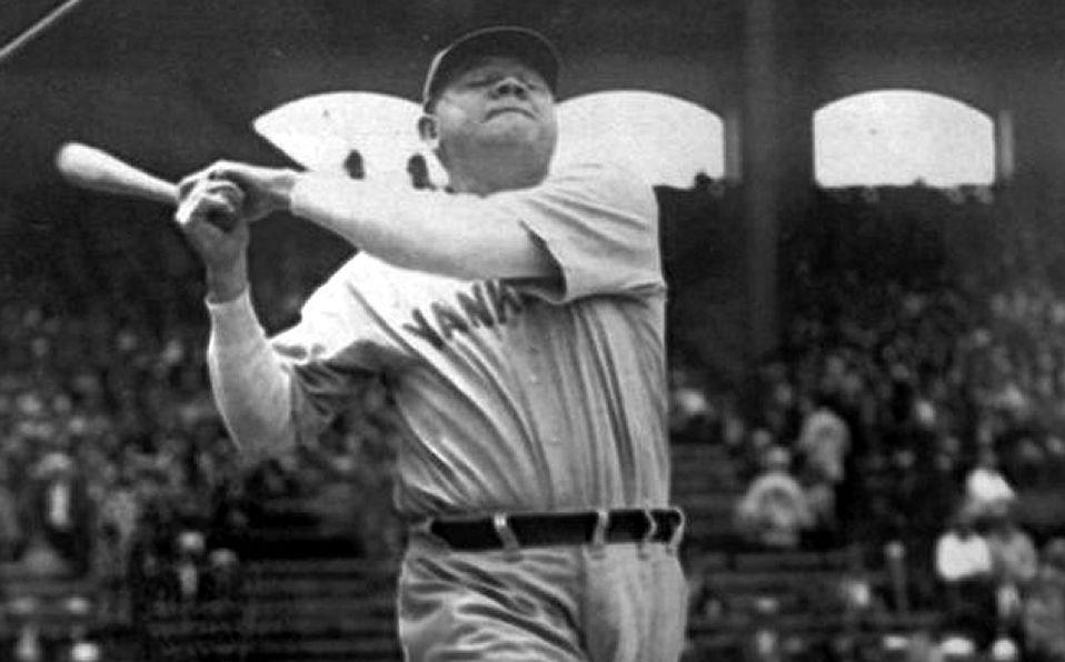 Subastan bat con el que Babe Ruth pegó su home run 500