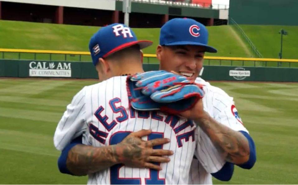 Mientras uno brilla en el béisbol, el otro lo hace en la música. (Foto: LasMayores.com)