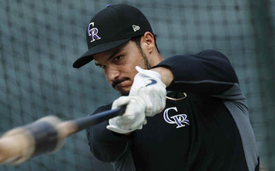 Arenado, nativo de California, creció admirando a los Dodgers. (Foto: AP)