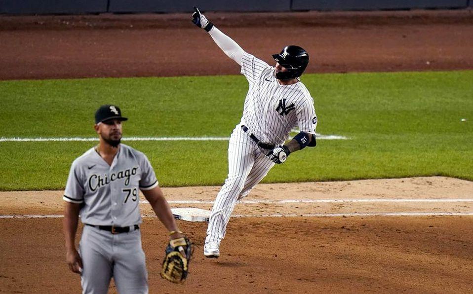 Gleyber Torres dio el hit con el que los Yankees dejaron tendidos en el terreno a los White Sox. Foto: AP