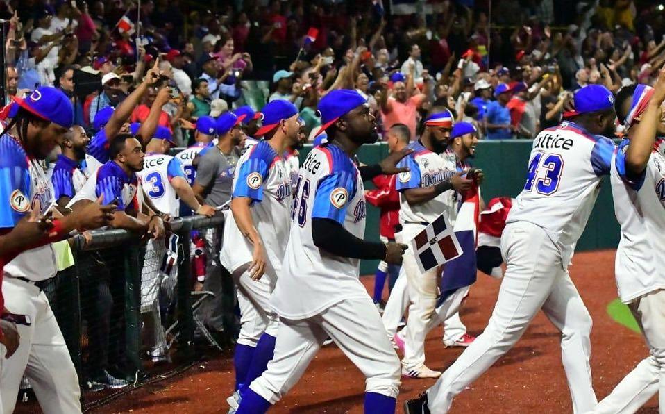 Dominicana tomó revancha de Venezuela, con quienes cayeron en la fase regular. (Foto: @LIDOMRD)