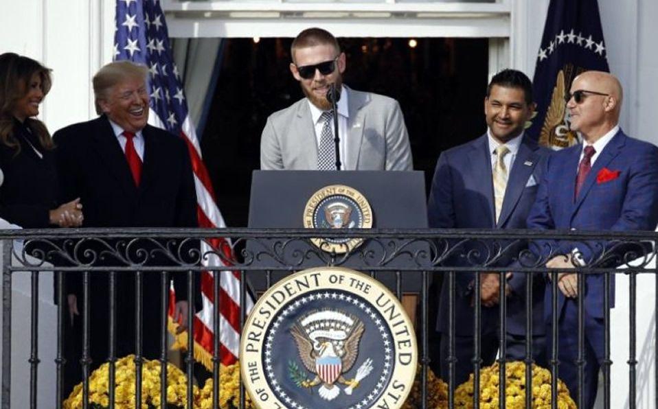 Los Nationals, campeones de la Serie Mundial, hicieron la tradicional visita a la Casa Blanca. (Foto: @MLByahoosports)