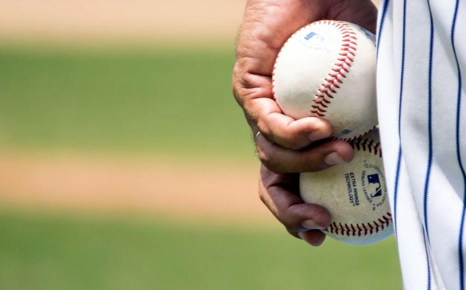 Muchos lanzadores de las Grandes Ligas han tomado fama por lanzar con la mano izquierda.