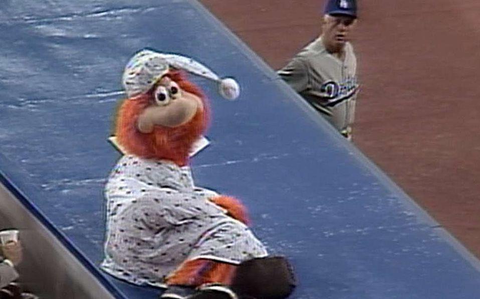 Video: Youppi la primera y única mascota expulsada en MLB