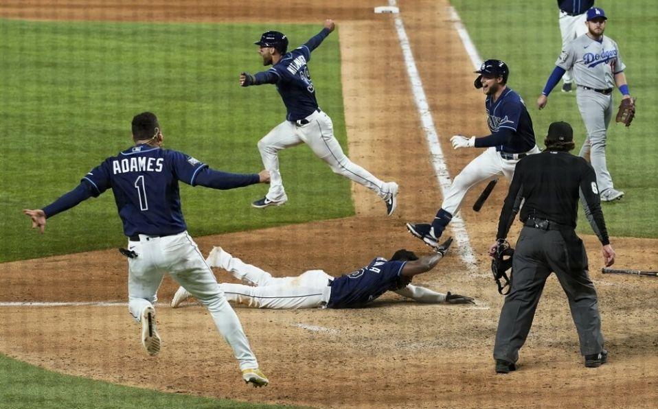 Randy Arozarena anotó la carrera del gane. (Foto: MLB.com)