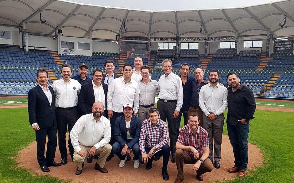 Sigue proyecto para remodelar Estadio Domingo Santana de los Bravos