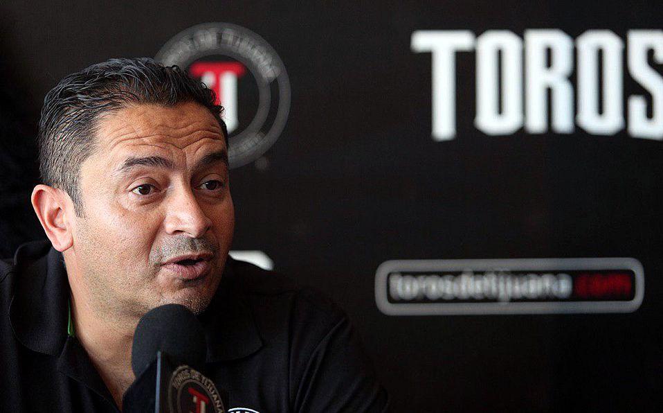 Oscar Robles deja de ser manager de Toros de Tijuana